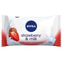 NIVEA strawberry & milk 90g